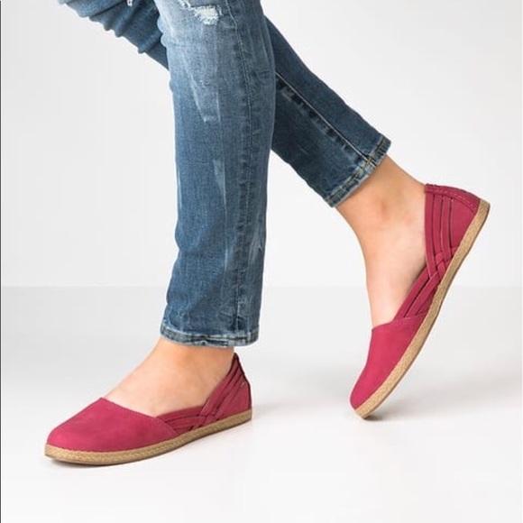 3f1672c6439 NWOB Ugg Tippie Leather Ballet Flat Size 7